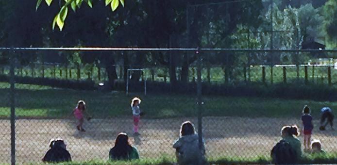 softball-girls